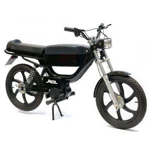 Moto Rae electric moped